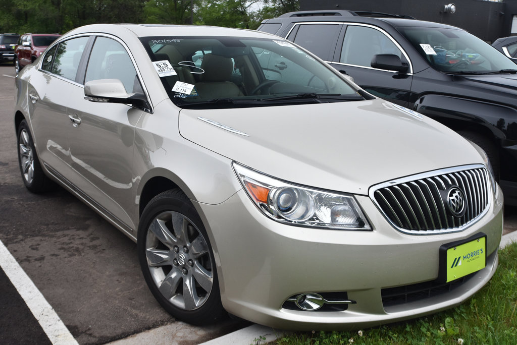 Pre-Owned 2013 Buick LaCrosse 4dr Sedan Leather FWD