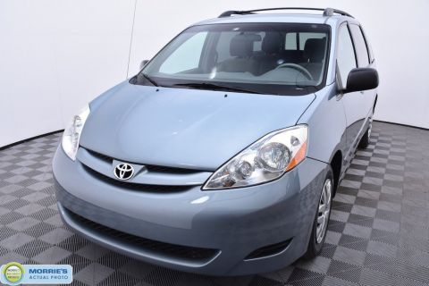 Pre-Owned 2010 Toyota Sienna LE